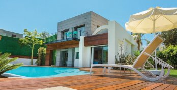 Ultra Deluxe Villa